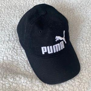 Black PUMA hat! Unisex.